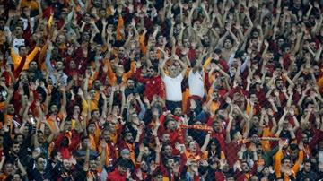 Afición del Galatasaray en el Ali Sami Yen de Estambul