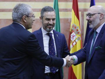 El Gobierno de Andalucía firma con Vox el acuerdo para aprobar el Presupuesto 2020
