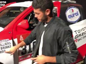 El periodista de Jugones, Marc Fuster, nos enseña el coche con el que Alonso hará historia en el motor