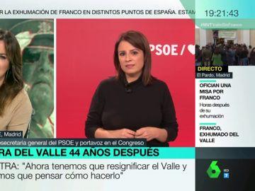 """La emoción de Adriana Lastra al recordar a su abuela y """"los compañeros que ya no están"""" en el día de la exhumación de Franco"""