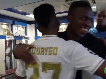 """Pedrerol: """"Bien por ese abrazo de Vinícius a Rodrygo; los dos tienen la ilusión de triunfar en el Real Madrid"""""""