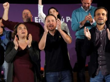 Ada Colau, Pablo Iglesias y Jaume Asens