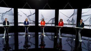 Irene Montero, Ana Pastor, Inés Arrimadas, María Jesús Montero y Rocío Monasterio en el debate del 7N
