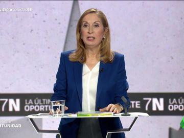 """Ana Pastor (PP) responde a Inés Arrimadas: """"Quién está en el centro lo deciden los españoles"""""""