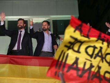 Santiago Abascal junto a Iván Espinosa de los Monteros el 10N