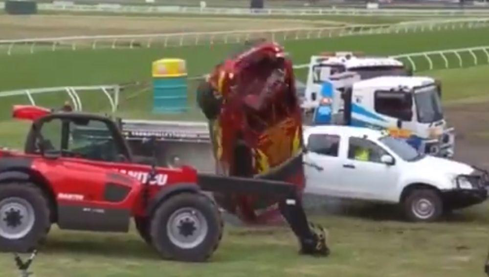 John Iafolla durante su accidente en la Toyota 86