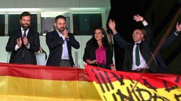 Espinosa de los Monteros, Abascal y Monasterio celebran los resultados del 10N