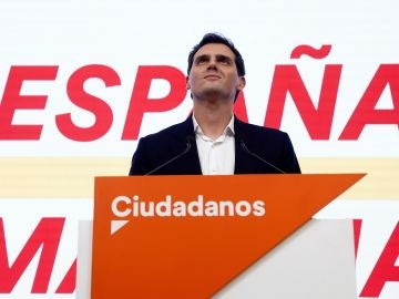 Albert Rivera tras la debacle electoral de Cs el 10N