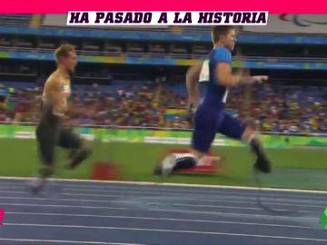 La increíble carrera de 100 metros del atleta que sin piernas y con dos prótesis se quedó a un segundo de Usain Bolt
