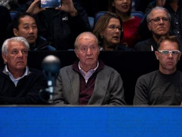 El rey Juan Carlos, con una herida en la cabeza