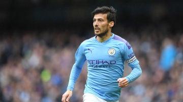 David Silva, durante un partido con el Manchester City