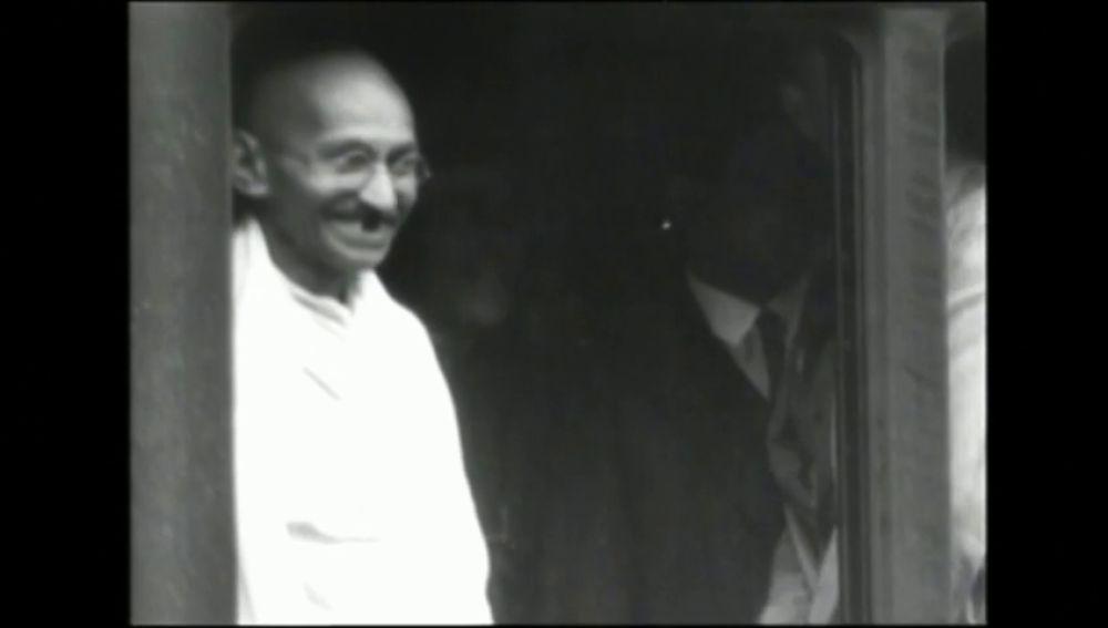 Las cartas de Gandhi a Hitler