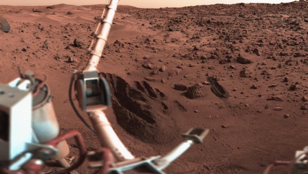 La sonda Viking 1 tenía un brazo robótico para tomar muestras