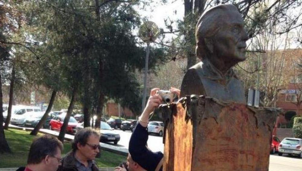Estatua de La Pasionaria en Rivas