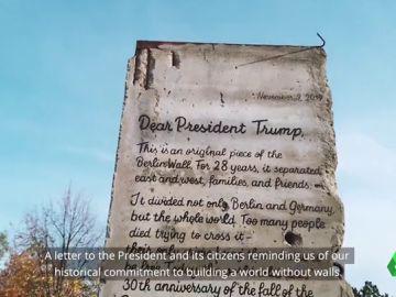 Una ONG alemana envía un fragmento del muro de Berlín a Trump para recordarle que no caben más barreras