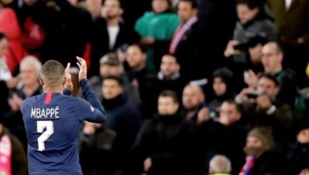Mbappé agradece el cariño del Bernabéu