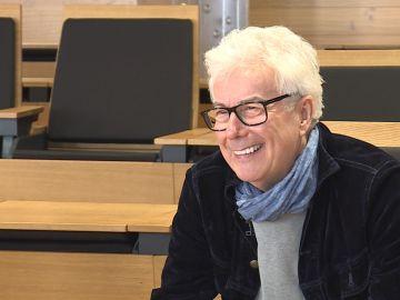 El escritor británico Ken Follet