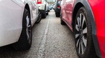 Los vehículos no contaminan solo a través del tubo de escape, también del desgaste de frenos y neumáticos.