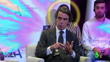 """El 'papa Wyoming' y el 'monaguillo Mateo' alaban a su dios Aznar: """"Gracias a él España no se romperá más"""""""