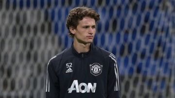 Max Taylor entrenando con el Manchester United
