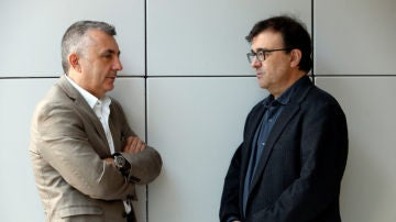 Los escritores Javier Cercas y Manuel Vilas