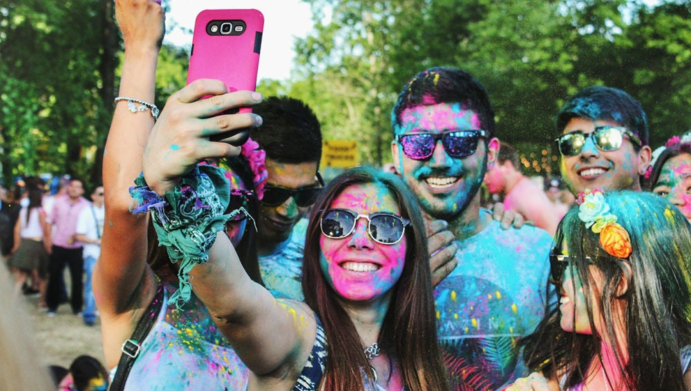 Haciendo un selfie... o grabando un vídeo corto en TikTok