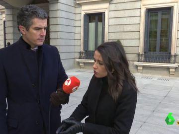 El 'verdadero' motivo por el que Inés Arrimadas quiere una reunión a tres con PSOE y PP