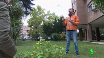 Un jardinero de Plaza Elíptica