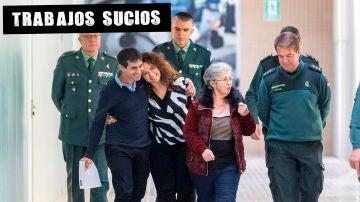 Alberto Encinas (2i), padre de una niña liberada en Polonia tras ocho años secuestrada por su madre