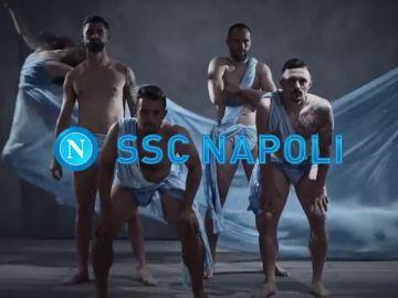 El inquietante vídeo viral del Nápoles para su nuevo calendario: atención a la peculiar performance
