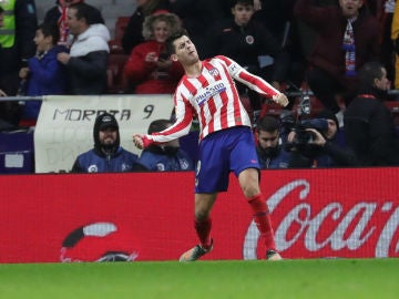 Álvaro Morata celebra un gol