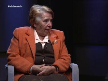 """El dolor de una española migrante al tener que separarse de su hijo: """"Todas las noches lloraba por él; no podía vivir sin mi hijo"""""""