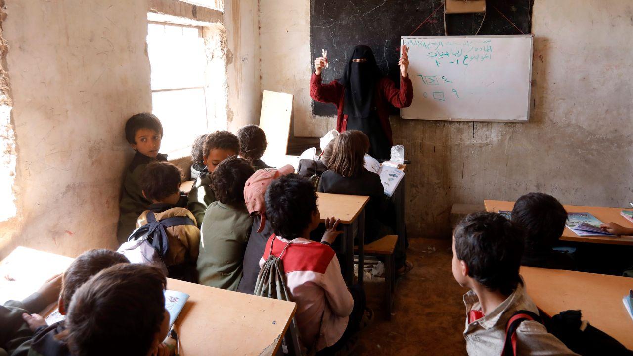 La guerra vacía las escuelas del Yemen