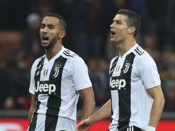 Cristiano y Benatia celebran una victoria de la Juve