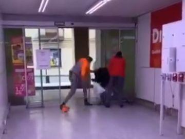 Agresión en un supermercado Dia de Bisbal d'Empordà