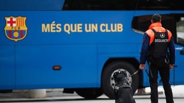 Máxima seguridad alrededor del autobús del FC Barcelona