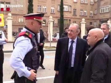 La conversación de Florentino Pérez con varios Mossos d'Esquadra antes del Clásico