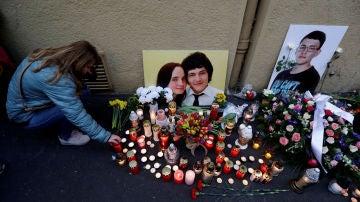 Homenaje a Jan Kuciak y Martina Kushinova, asesinados en Eslovaquia