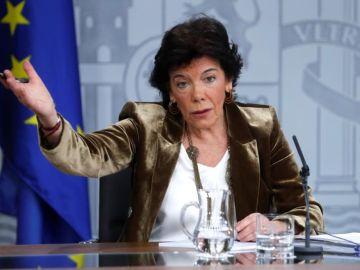 La ministra portavoz, Isabel Celáa, durante la rueda de prensa posterior al Consejo de Ministros