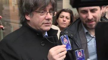 Carles Puigdemont y Toni Comín llegan al Parlamento Europeo como eurodiputados electos para solicitar las credenciales