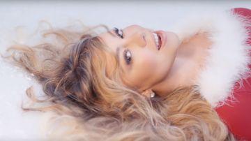 Mariah Carey en el nuevo vídeo de 'All I Want For Christmas Is You'