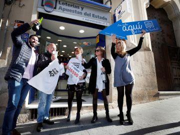 La administración de lotería nº 3 de Alcoy (Alicante) ha repartido 60 millones de euros del 26590, agraciado con el Gordo de navidad