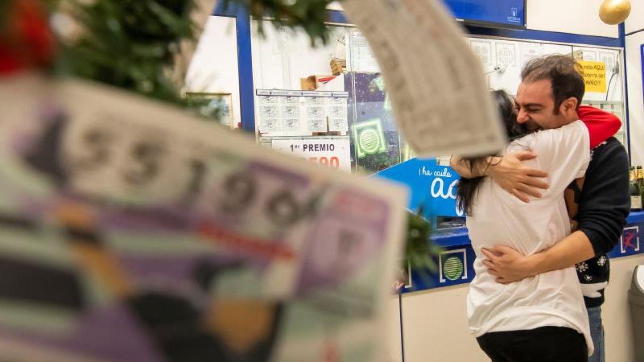 Un lotero que ha vendido en un barrio de Sevilla una serie del 26.590