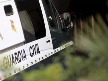 Imagen de archivo de un furgón de la Guardia Civil