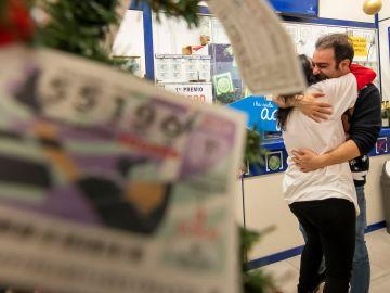 Imagen de un lotero de Sevilla que ha vendido el Gordo