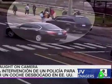 La heroica acción de un policía consigue detener un coche desbocado en Estados Unidos