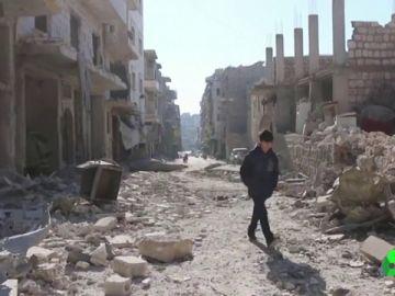Los últimos bombardeos en Siria dejan al menos diez muertos y provocan un éxodo masivo de la provincia de Idlib