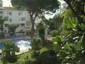 La piscina de Mijas, Málaga, en la que fallecieron un padre y dos de sus hijos