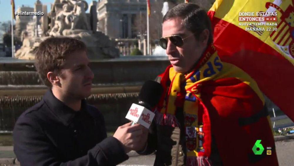 """""""Franco salvó España"""" o """"Puede ocurrir otra guerra civil"""": las polémicas proclamas de los asistentes a la manifestación de Vox"""
