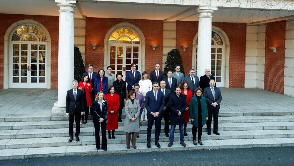 Video de reemplazo | Pedro Sánchez preside hoy el primer Consejo de Ministros del Gobierno de coalición